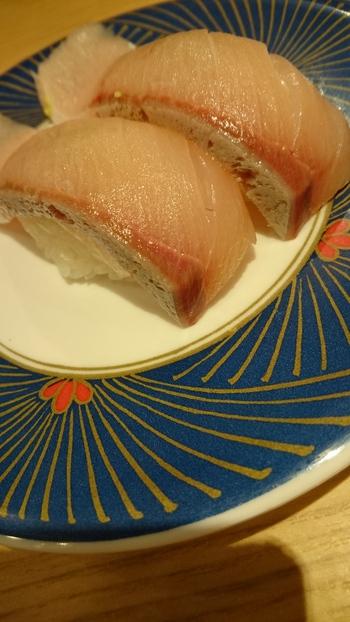 ランチは回転寿司♪