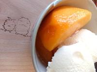 黄桃パフェ【えぷろん】