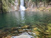 新城市 鳴沢の滝のスケッチ会