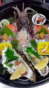 おいしいお魚料理は当店でどうぞ♪刺身・手巻き寿司・煮付けなどご要望伺います! 2017/03/12 09:00:00