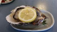 旬にはまだ少し早いけど?夏においしい牡蠣は岩牡蠣!