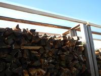 薪棚に屋根設置