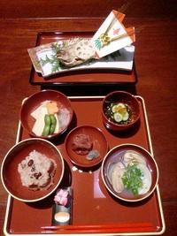 豊田市でお食い初め・お宮参りのお祝いお食事会をするなら当店へ! 2013/10/29 09:00:16