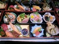 今日の仕出し料理☆ご法事のお料理をお届けしました! 2012/06/30 21:24:09
