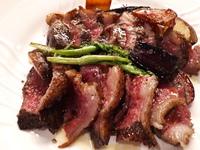 牛肉食べ比べをしてみるのもどうですか‼