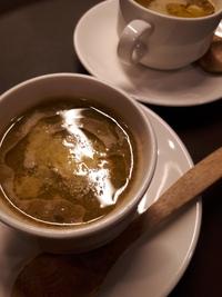 寒いですね~ ランチのスタートは温かいスープです