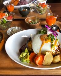 CARI  Cafeと美好餅と武夷水仙
