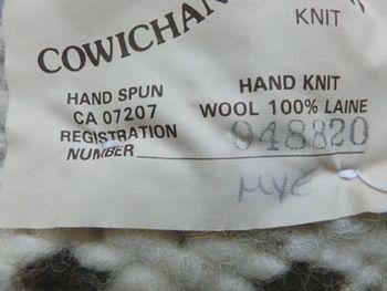 手編みカウチンセーター