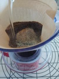 手作りコーヒーかす脱臭剤♪