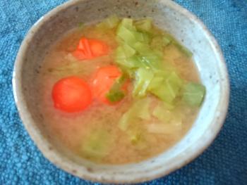 トマトの味噌汁と里芋のポテトサラダ