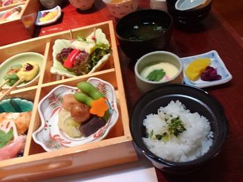 美人亭さんで友人達と楽しい美味しいランチ(豊田市)