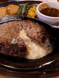 期間限定チーズINハンバーグ399円@ガスト