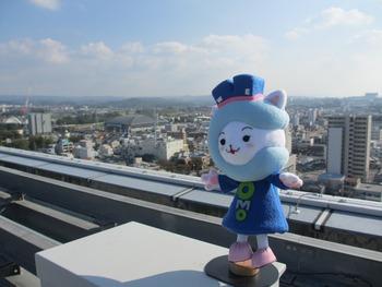 コモにゃん★屋上探検をする!