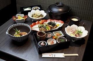 忘年会に魯菴の鍋コースを!