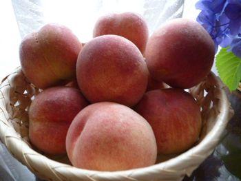 豊田産の美味しい桃