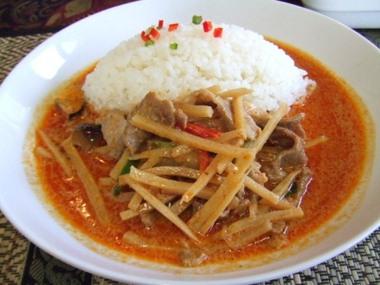 タイ料理ぺっぽい みよし市