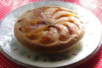 炊飯器でタルトタタン風りんごケーキ