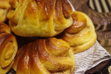 おうちパン「かもめ食堂」のシナモンロール風
