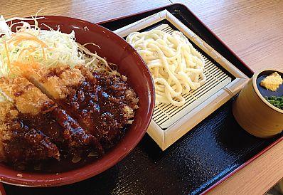 カツ丼 かつさとでお得なランチ(みよし市)