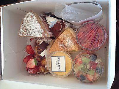 おうちランチ❤手土産はブールブールのケーキたち