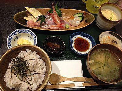 富来助(ふくすけ)で海鮮丼ランチ 安い!美味しい!(豊田市)