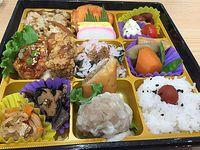 えぷろん元宮店のフードコートで子連れお弁当タイム!(豊田市)
