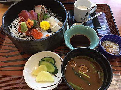 活魚料理 野島さんで海鮮丼ランチ(豊田市)