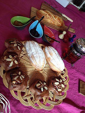 パンランチに招待されました❤手土産はアンテノールのロールケーキ