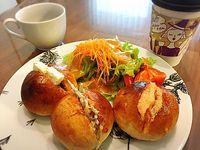 田ぐちの栗子餅頂きました(^◇^) おうちパンランチ