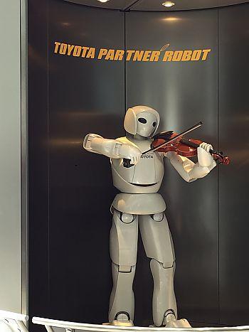 トヨタ自動車工場見学に行って来ました(豊田市) トヨタ会館リニューアル