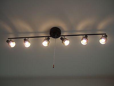 電球型蛍光灯へエコ替え