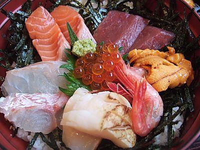 八百金の海鮮丼  (松山)