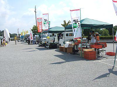夢農人軽トラ市に行ってきました~豊田スタジアム~