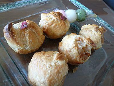 逸品フェア 三河屋さんのリンゴ餅パイ