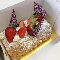 おしゃれなケーキ店