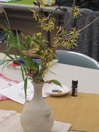 今日の茶花・万作の花