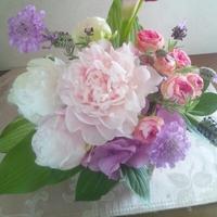 【5月11日夜締め切り】5月生花レッスンはクラッチブーケ!豊田市浄水フラワー教室