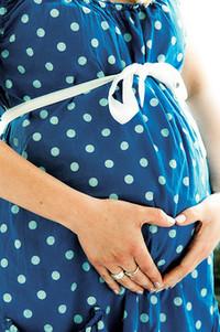 妊活中、妊娠中、授乳中に髪染めるのをどうしようか?