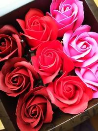 薔薇のお花の入浴剤 フラワーフレグランスでリラックス効果
