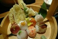手桶料理うっとこ(栄)の手まり寿司! 2017/06/02 21:36:22