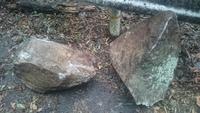 岩がパカッ‼  落石の怖さ・凄さを実感。