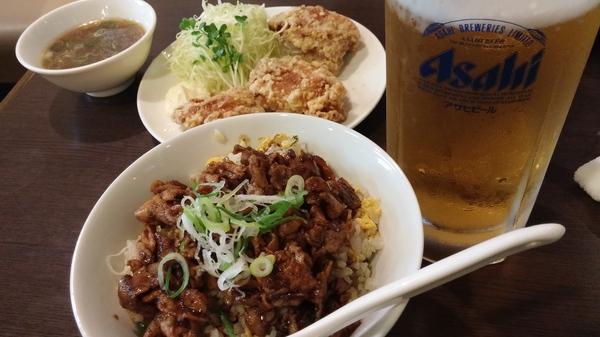麺麺本店の焼肉チャーハンと紅ラーメン☆