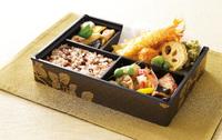 高級感を演出!!ワンランク上のお弁当を作りませんか?「ワン折重」「紙BOX」の紹介です!!