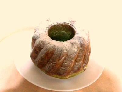 大人気商品復活!五色豆の抹茶パン