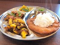 今週末はお米のドーナツ?(in ネパール)『セルロティ』セットやりますよ!