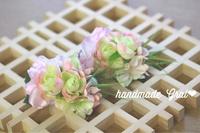 春色ピンク系小花の天然石コサージュ♡