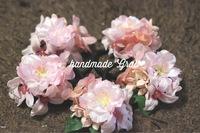 桜とピンク小花の天然石ヘアゴム♡