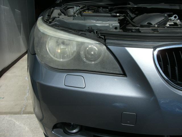 BMW ヘッドライト取替とクイックボディーリペア