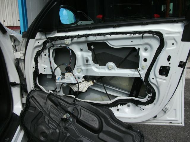 BMW ドアロック修理完了