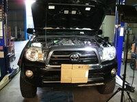 トヨタ タコマ FRPトランク修理完了